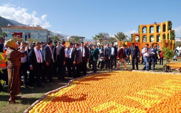 Dışişleri Bakanı Çavuşoğlu, Uluslararası Portakal Festivali'nin açılışında konuştu