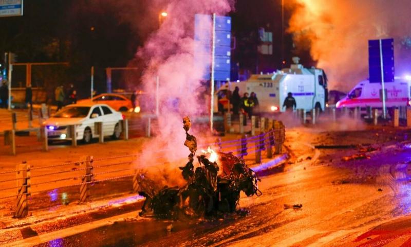 İstanbul Vodafone Arena Stadı'nın yakınlarında patlama!