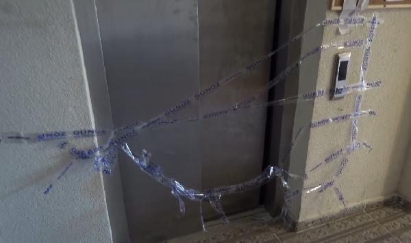 Son Dakika | Asansör boşluğuna düşen Avzem bebek hayatını kaybetti (2)