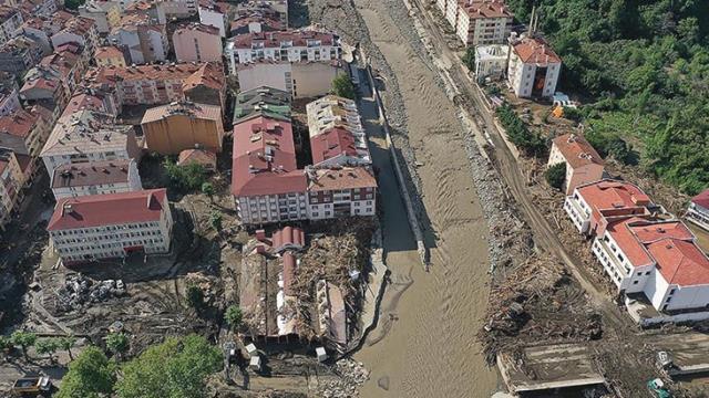 77 kişinin hayatının kaybettiği Batı Karadeniz'deki sel felaketinde kaybolan 47 kişi hala aranıyor