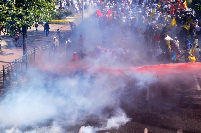1 Mayıs Son Dakika Haberleri İstanbul ve Taksim Karıştı..!