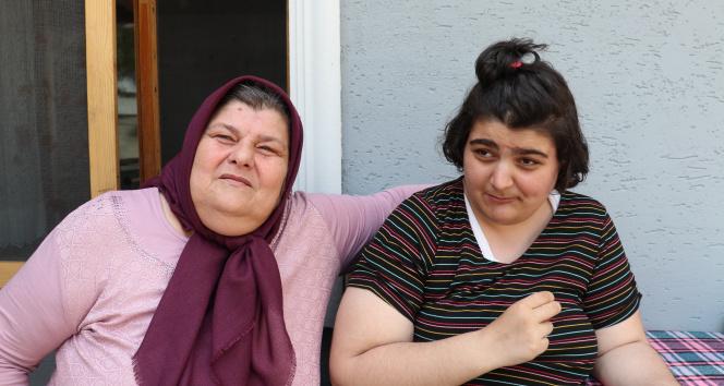 15 yıllık vefa örneği, annesinin terk ettiği yeğenine sahip çıktı