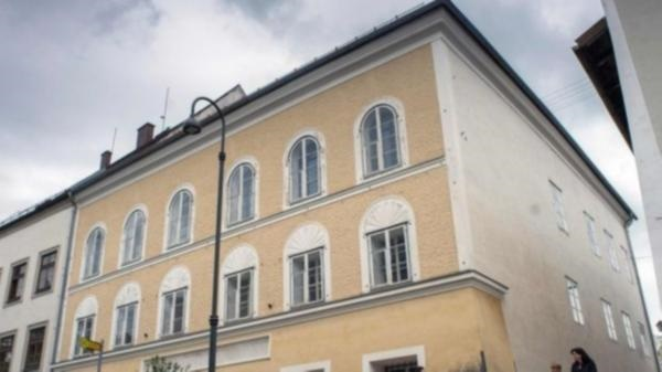 Adolf Hitler'in doğduğu ev için yıkım kararı!