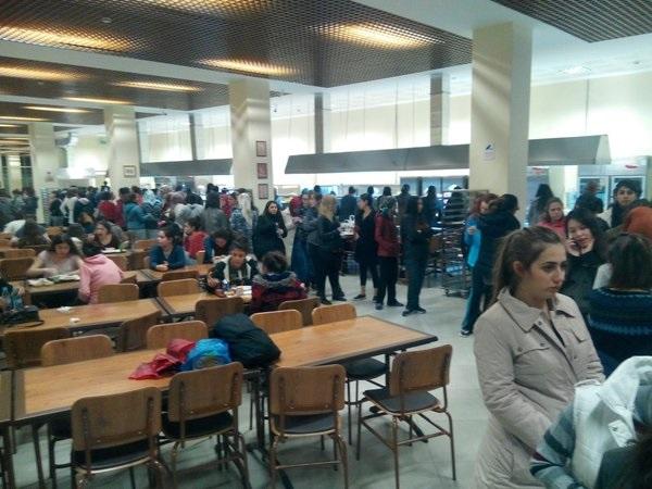 Ağrı'da 40 öğrenci hastanelik oldu