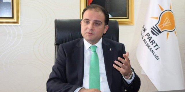 AKP'li vekilden parti teşkilatına eleştiri: Sanal alemde delikanlılık yapmayın