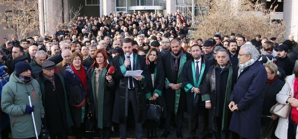 Ankara Barosu:Aydınlık bir gelecek için anayasa değişikliği teklifine 'Hayır' deyin