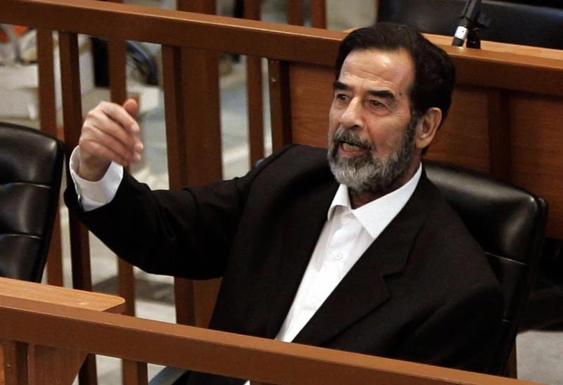 Apple'dan müşteriye ilginç e-posta: Saddam Hüseyin olmadığını kanıtla