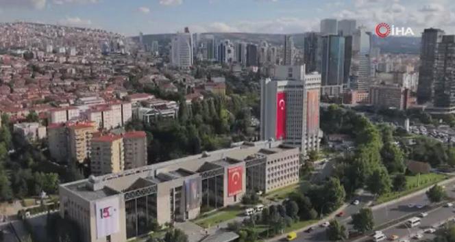 Bakan Çavuşoğlu'ndan İstiklal Marşı'nın 100. yılı paylaşımı