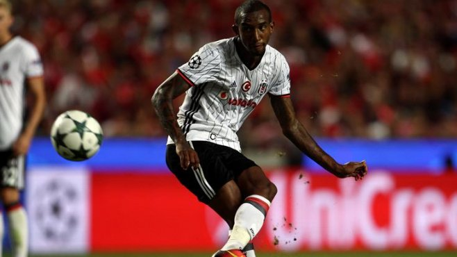 Başiktaşlı Talisca'ya Benfica maçı sonrası ırkçı hakaretler