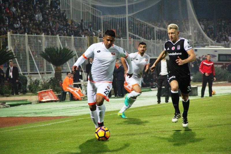 Beşiktaş Adana'da güldü! Adanaspor 1-2 Beşiktaş