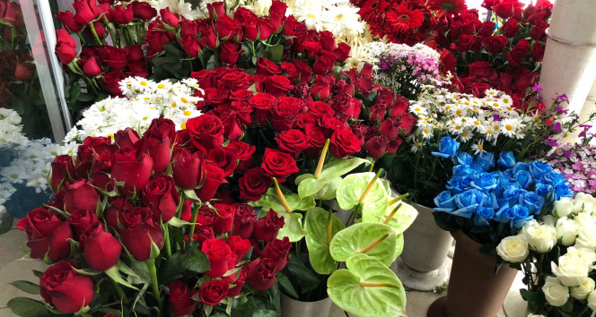 Çiçekçilerde Anneler Günü heyecanı başladı