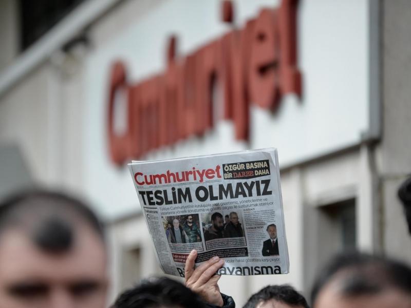 Cumhuriyet Gazetesinden 8 kişiye tutuklama talebi