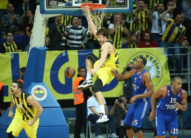 Derbi Fenerbahçe'nin Fenerbahçe 88-80 Anadolu Efes