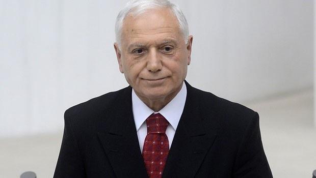 Dünya Organ Nakli Derneği Başkanı Mehmet Haberal seçildi