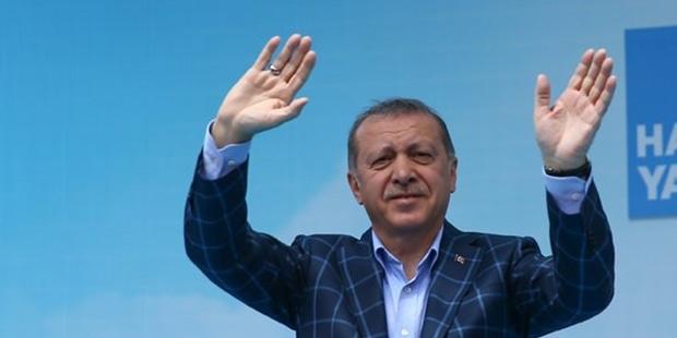 Cumhurbaşkanı Erdoğan: ''Zerre kadar yiğitlk varsa, gel ülkene dön''