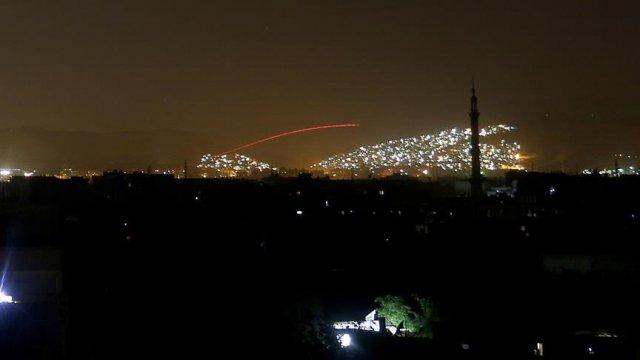 Esad Şam'ın El Kabun mahallesini bombaladı..!