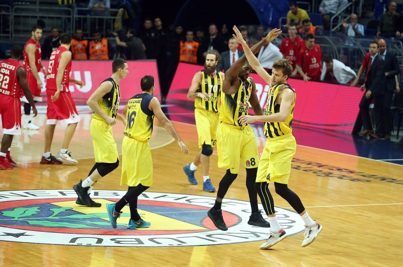 Fenerbahçe 87 - 72 Kızılyıldız