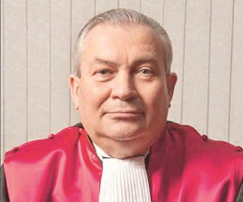 BM yargıcı Sefa Akay: 'FETÖ'cü değil masonum'
