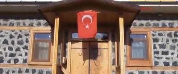 Fettullah Gülen'in evini yakmak istediler!