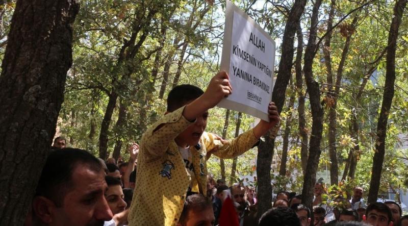 Hakkari'de öldürülen AKP'li Ahmet Budak toprağa verildi