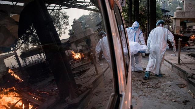 Hindistan Günlük Koronavirüs Vaka Sayısında Rekor Kırmaya Devam Ediyor