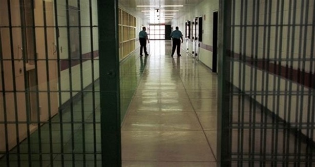 İHD'lı avukattan şok iddia: Cezaevlerinde eski tip işkence geri geldi!