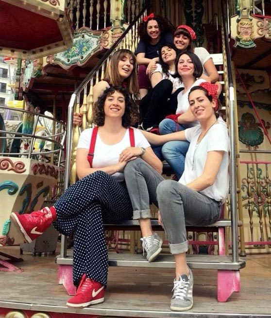 İlk kadın stand-up grubu 'Çok da Fifi'