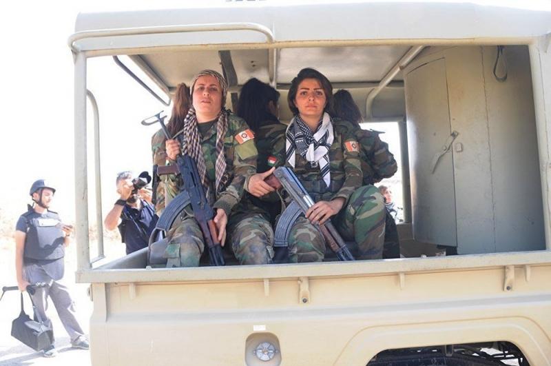IŞİD'in korkusu: Kadın peşmergeler
