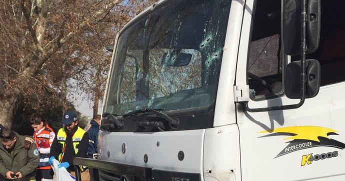 İsrailli askerlere kamyonlu saldırı