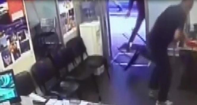 İstanbul'un orta yerinde hesaba itiraz eden turist öldürüldü!