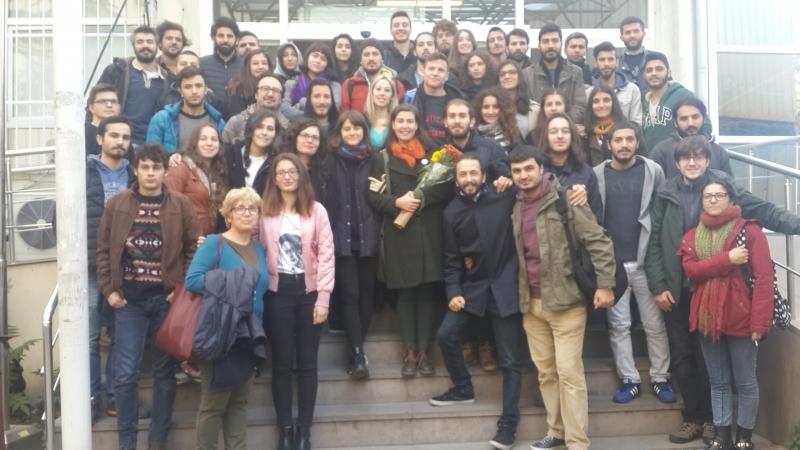 KHK'yla ihraç edilen akademisyen Ahsen Morva öğrencilerine veda etti