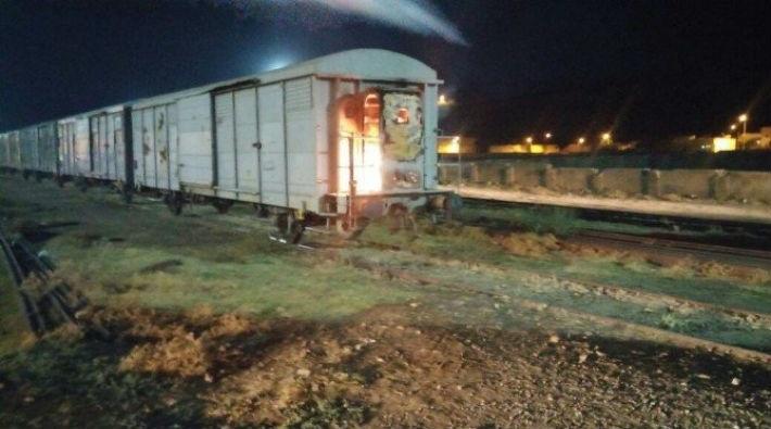 Kömür trenini ateşe verdiler!