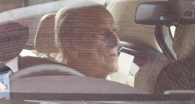 Kraliçe II. Elizabeth'in eşi Prens Philip tedavi gördüğü hastaneden ayrıldı