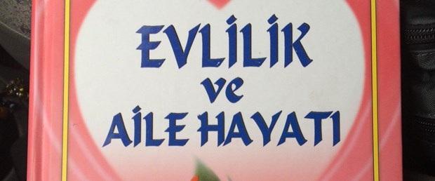 Kütahya Belediyesi'nin dağıttığı ''Evlilik ve Aile Hayatı'' kitabına tepki