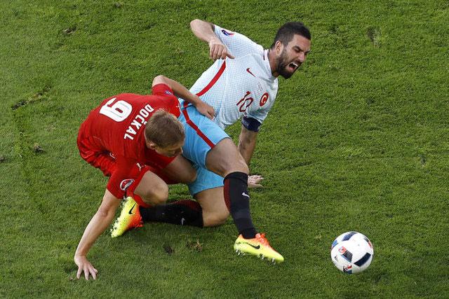 #Türkiye 0 - 2  #İzlanda