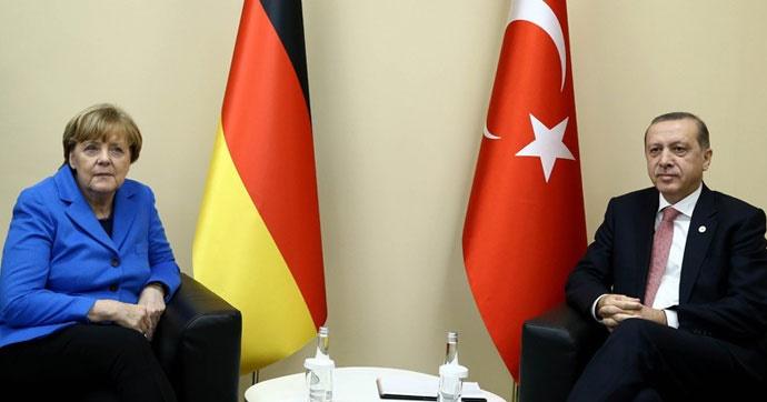 Cumhurbaşkanı Erdoğan'dan Almanya'ya sert sözler!