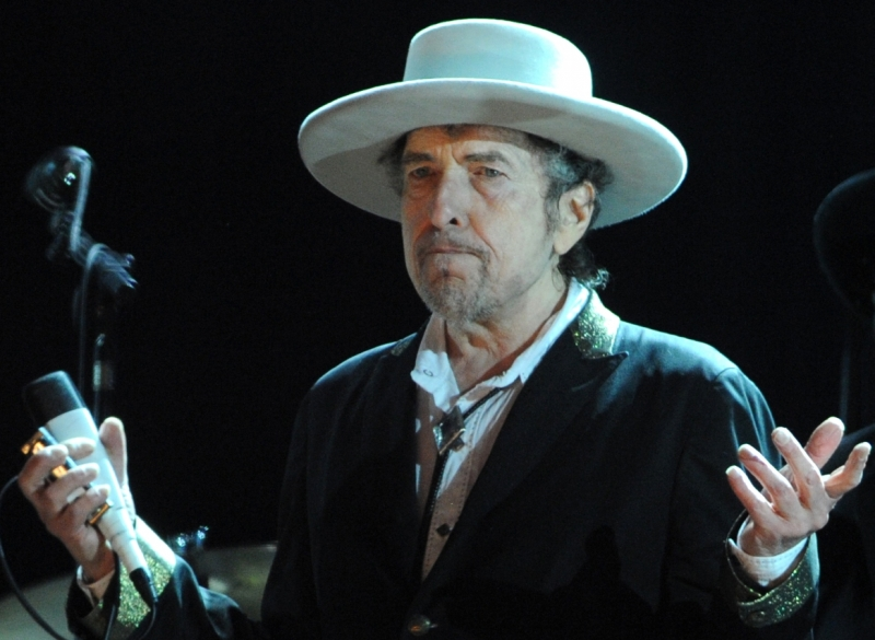 Nobel'in sahibi Bob Dylan oldu!