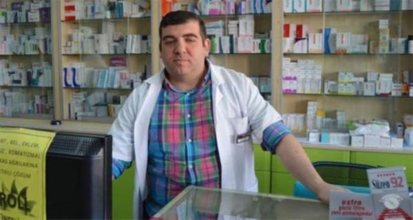 Reçetesiz ilaç satmayan eczacı darp edildi