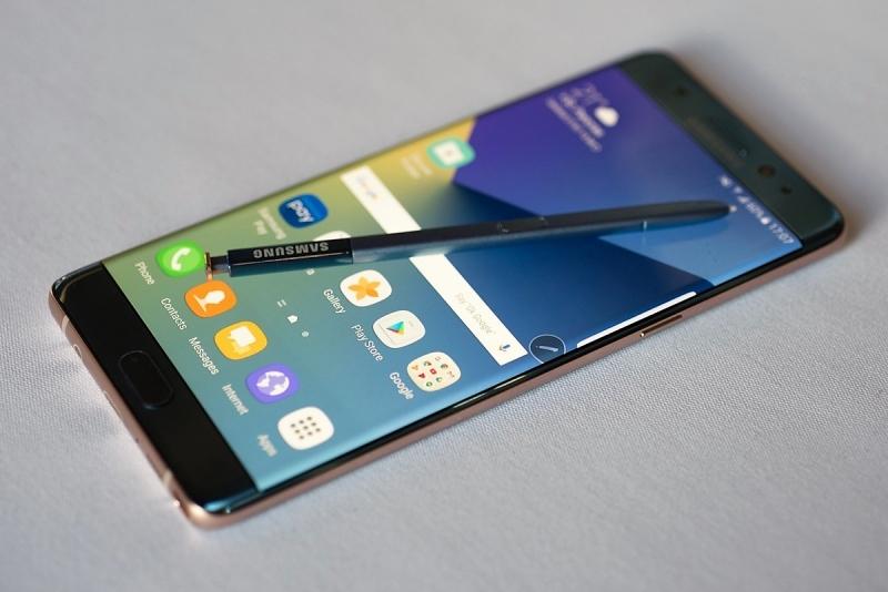Samsung, patlayan telefon Note7 hakkında açıklama yaptı