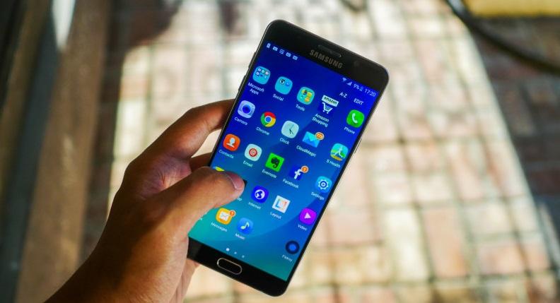 Samsung Galaxy Note7 ile uçağa binmeyi yasakladılar