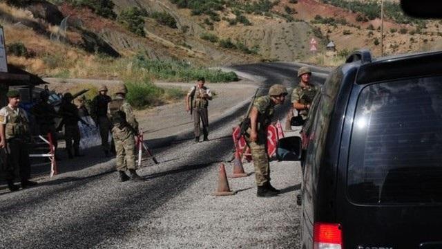 Şırnak'ta yola döşenen bomba infilak etti