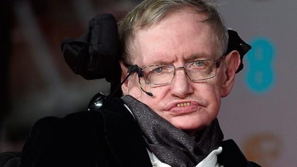 Stephen Hawking uyardı: Uzaylıara cevap vermemeliyiz