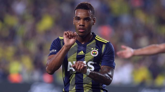 Süper Lig'in yeni ekibi Altay, Garry Rodrigues'i kiralamak istiyor