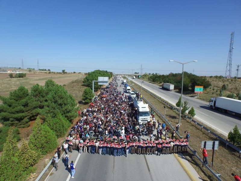 Suriyeler Avrupa'ya gitmek istiyor