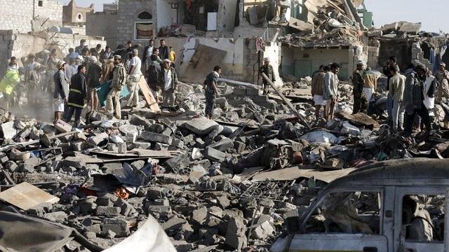 Suudi Arabistan, Yemen'i bombaladı: En az 80 ölü, 500'den fazla yaralı