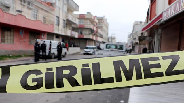 Üzerine tiner dökülen 13 yaşındaki kız öldü! Babası ve amcası olayla ilgili gözaltına alındı