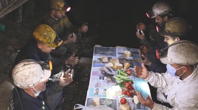 Zonguldak'ta Yerin Metrelerce Altında Sahur Heyecanı