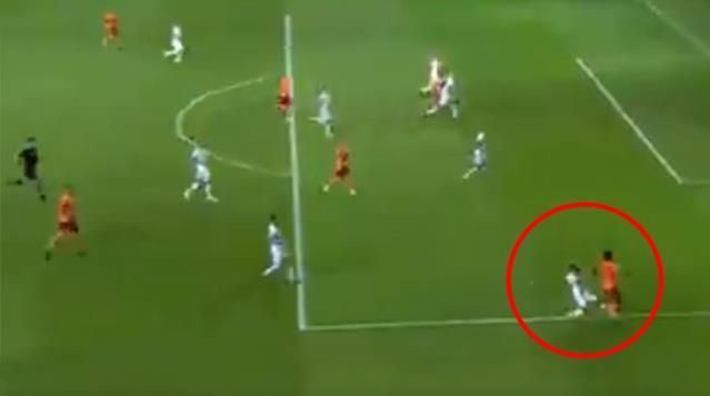 Galatasaray'ın kazandığı penaltı Fenerbahçe ve Beşiktaş taraftarını çıldırttı! Tepkilerin haddi hesabı yok
