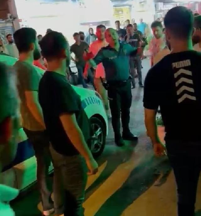 İstanbul'da taciz şüphelisine meydan dayağı! Linçten polis ekipleri kurtardı