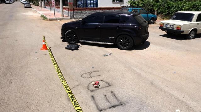 Kız arkadaşına sürpriz hazırlayan adam gürültüden rahatsız olan komşuyu vurdu